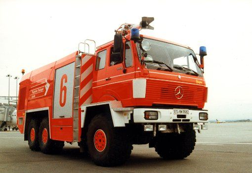 Mercedes benz 3250 6x6 baujahr 1987 for Mercedes benz emergency
