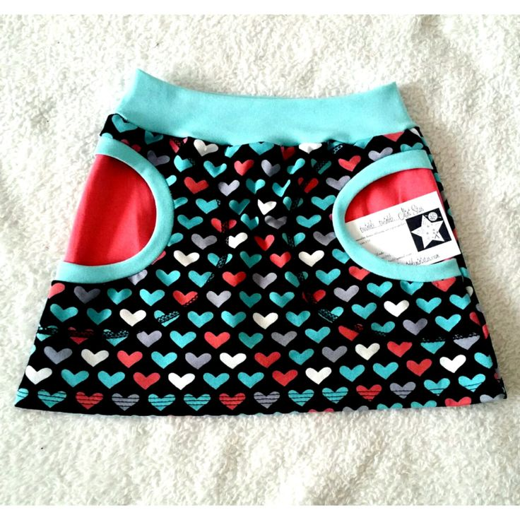 rokje hearts all over- free Liv skirt pattern used