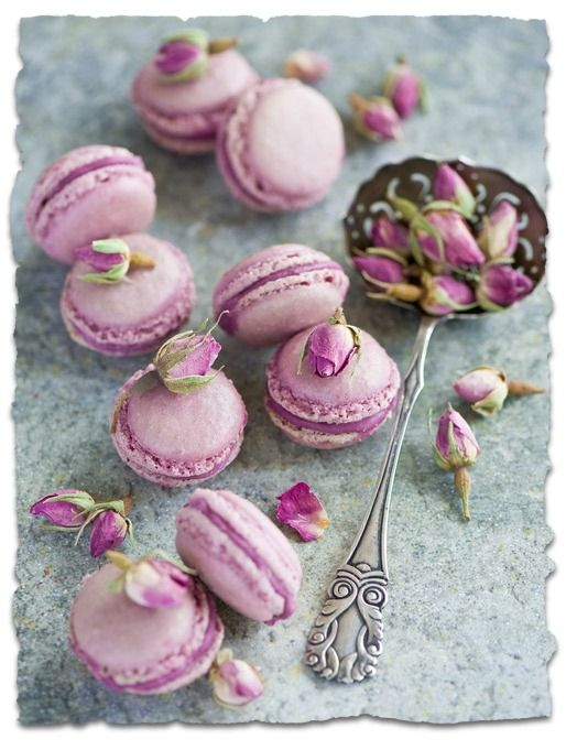 Radiant Orchid Macaroons