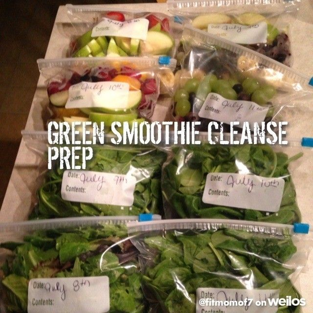 So I prepared the next four days of my 10day Green Smoothie Cleanse. I downloaded 10day smoothie cleanse by JJ Smith. It says 80% of ppl who do this lose 10-15lbs.