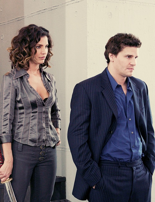 I both love & hate this episode. Very last episode Cordelia ever showed up in. RIP Cordy!