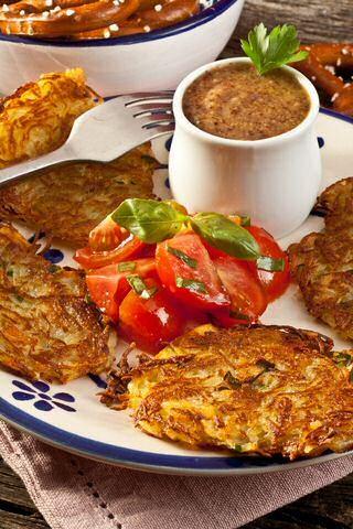 Snel genieten van lekker gebakken aardappelen? Je kan het binnen de 30 minuten met dit makkelijk rosti recept.