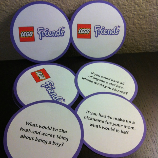 LEGO Friends Party Game - Social Questions Just for Girls