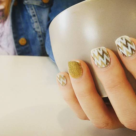 Impromptu styling, Jamberry nails modelled by my cousin Monica Wheatley at Cobbitty Bakehouse, Cobbitty.  #instastylist #photographed Creative Process Workshop