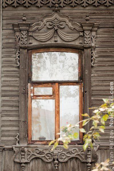 Томск, деревянный оконный наличник №29