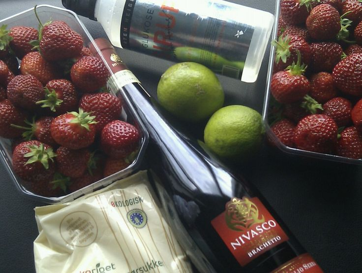 Jordbær-brachetto sorbet