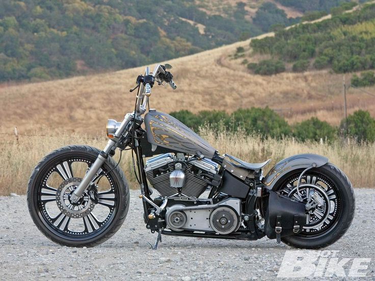 2004 Harley Davidson FXSTB