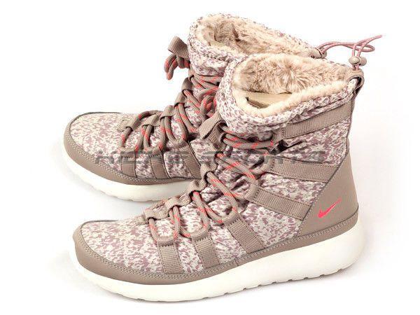WOMEN'S W ROCHERUN HI SNEAKERBOOT PRINT SIZE 8.5 BOOT SNEAKERS ROCHE 616724 NIB #Nike #SNEAKERBOOT