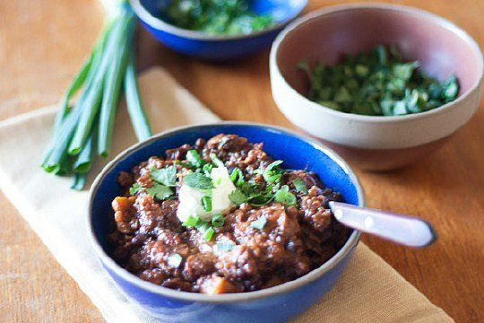 Black Bean, Sweet Potato, and Quinoa Chili