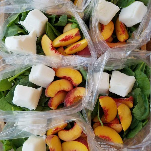 Peaches are in season so we decided to use them for our smoothies  2 servings per packet Ingredients in each packet (adjust to your liking): 2 ripe peaches, sliced 2-4 frozen Greek yogurt cubes (freeze your yogurt in an ice cube tray for 3 hours beforehand, pop cubes out & add to the bags) 2...