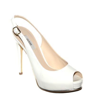 #Chanel in vernice bianca di #Guess  http://www.tentazioneshop.it/guess/chanel-huzzie-bianco-guess.html