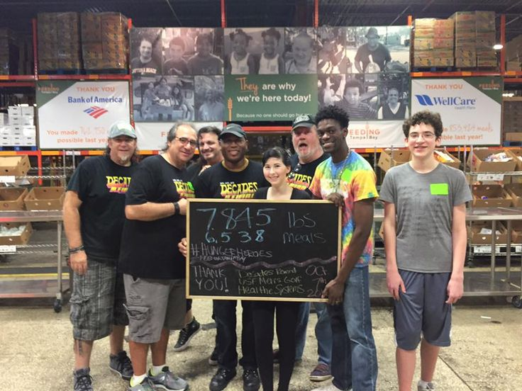 #decadesrewindgivesback Feeding Tampa Bay Volunteer Day
