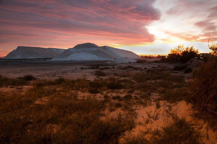 Sunset - Santa Pola - Salt evaporation pondsSpain[OC][5472x3648]