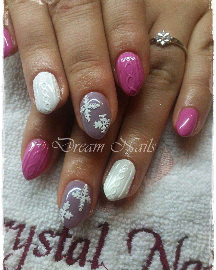 #trendynails#gelnails#gelnailart#winternails# sweatshirtnails#dreamnails# knitpattern#pinknails#whitenails#3D decoration#snowflakenails#acrylpattern