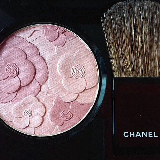 Jardin de Chanel Blush Camelia Rose Chanel Spring 2015 Reverie Parisienne Collection #chanel #spring2015 #chanelcamelia