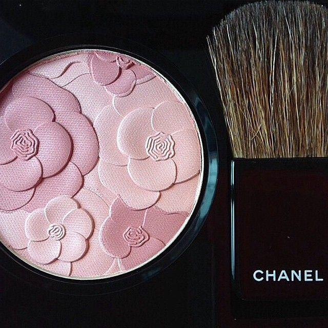 Jardin de Chanel Blush Camelia Rose Chanel Spring 2015 Reverie Parisienne Collection #chanel #spring2015 #chanelcamelia