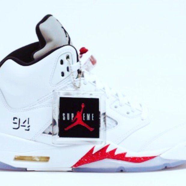 Supreme Jordan V do you miss it! It was the best sneaker in 2015 #sneaker #sneakers #jordan #sneakernews #sneakerhead #shoes #sneakerporn #shoesaddict #shoestagram