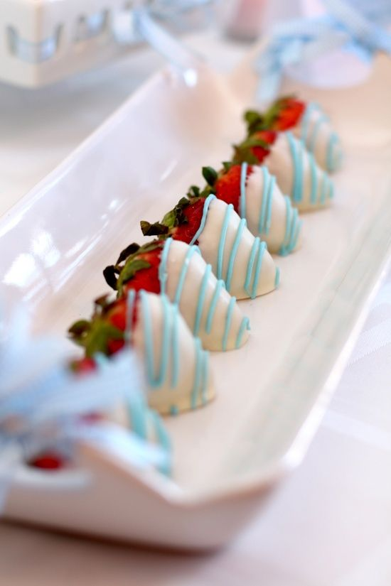 love this - white chocolate covered strawberries!