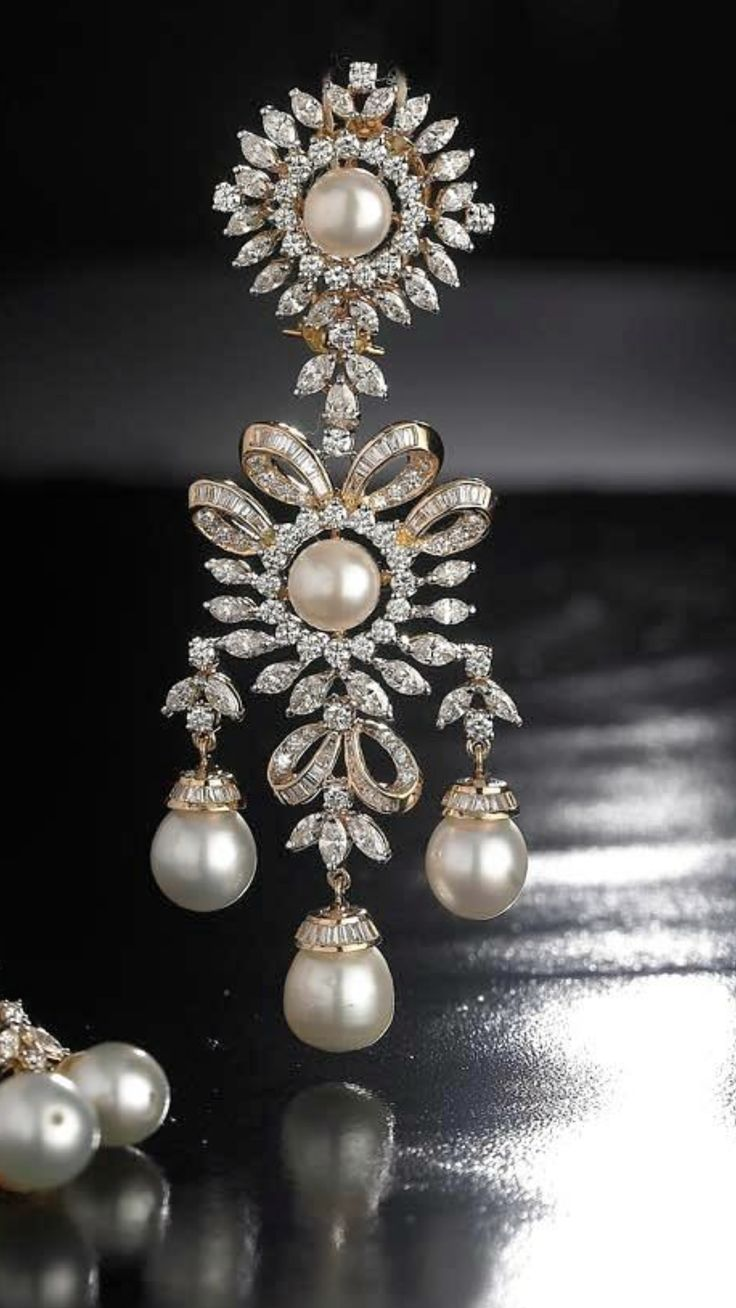 Just beautiful! Diamond and pearls!