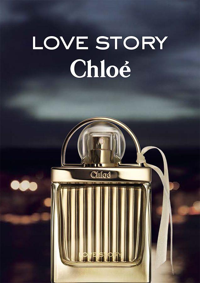 Chloe Love Story eau de parfum spray symboliseert een ongebonden vrouw. De Chloé vrouw.Een statement van vrouwelijkheid. Een vrijheidsverklaring. Een kostbaar juweel gekroond met koel metaal en vergroot door het iconische, geribbelde glas. De ongedwongen vrouwelijkheid van een lintje nonchalant aan de zijkant gestrikt. Het is tekenend voor de moderne en verfijnde Chloé stijl.