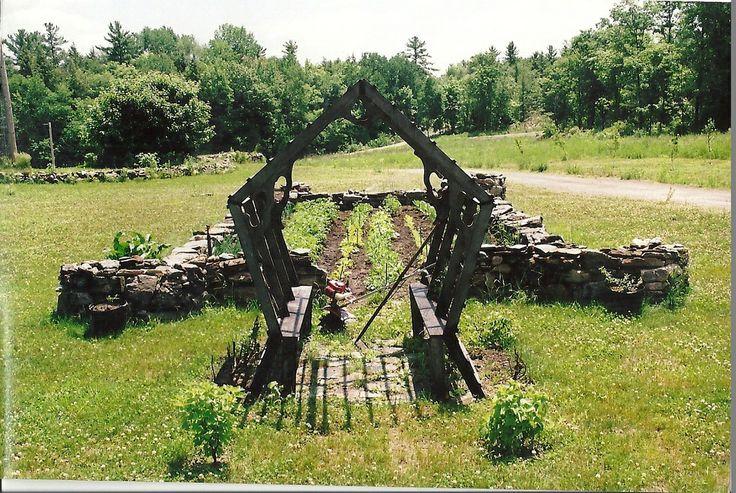http://www.gordonbartleyconstruction.com/  Old country stone gardens.