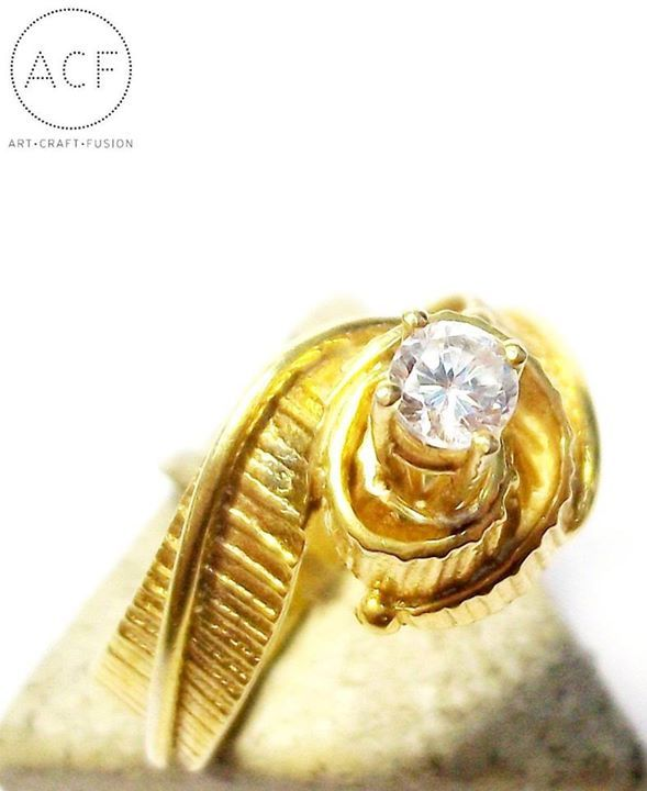 IOSIF Solitaire Ring gold 18ct with diamond brilliant cut
