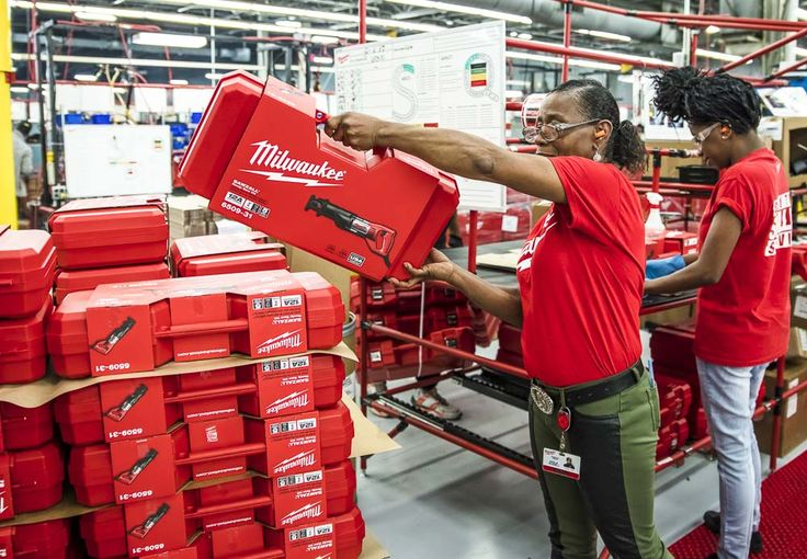 Milwaukee Tool is expanding US manufacturing in three of their Mississippi locations and creating another 660 jobs along with it!  https://www.protoolreviews.com/news/milwaukee-tool-expanding-us-manufacturing/34788/  #MilwaukeeTool #NothingButHeavyDuty #manufacturing #USManufacturing #tools
