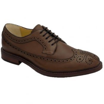 Buxton is an ideal shoe to wear during the week for business or at the weekend as smart casual wear with its long wing brogue detail leather upper. An integrated flex system sees the forepart of the shoe able to bend through 180 degrees, so your foot is free to bend and flex naturally, with support but not restriction, giving you comfort all day. https://www.marshallshoes.co.uk/mens-c1/steptronic-mens-buxton-dark-tan-leather-5-eyelet-derby-shoes-p4994