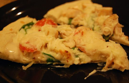 Chicken Florentine Pizza....use homemade Alfredo sauce on the freezer cooking board
