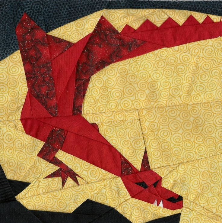 There and Back Again Month 10, Smaug, by Michelle Thompson. A free Hobbit block of the month pattern from Fandom In Stitches: Http Www Fandominstitches Com, Paper Piecing, Paper Pieces, Paper Pieced, Dragon, Quilts Paper, 10 Paper, Free Patterns, Crafts