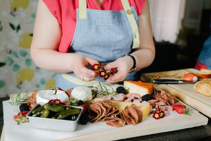 How to: Create a Simple Charcuterie Board - Hello Yellow Blog
