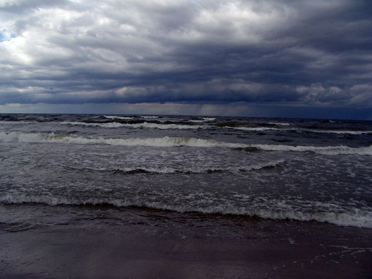 Baltic sea on a cloudy day.