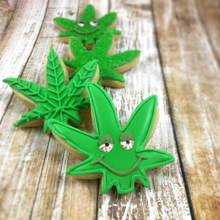 You will receive one half dozen 420 cookies approximately 3 by 2 in. The marijuana leaf cookies will have different designs (shown in the pictures). The cookies do not contain actual marijuana or THC.