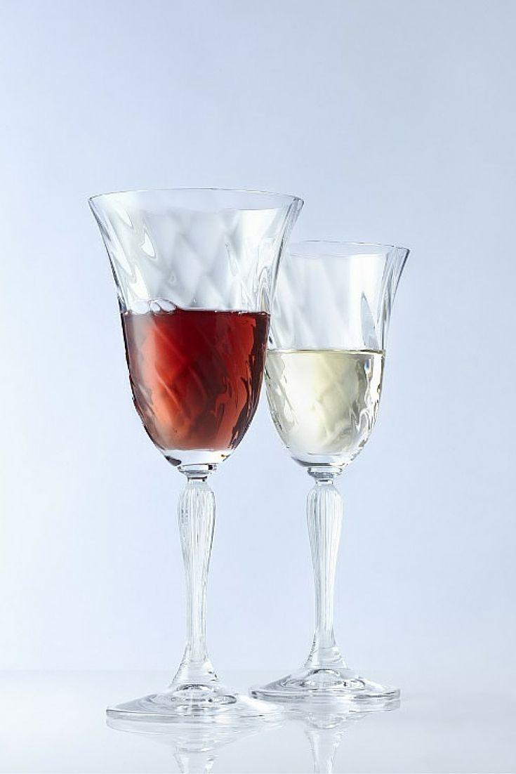 Λαμπερά, με κομψό περίγραμμα, και ταυτόχρονα ανθεκτικά, τα ποτήρια Voltera της Leonardo, τον Ιανουάριο 2016 σε προσφορά -20%.