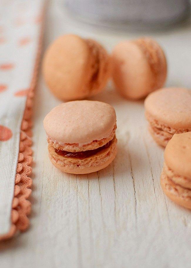 Receta de macaron francés sin harina de almendras. Esta receta sustituye coco…