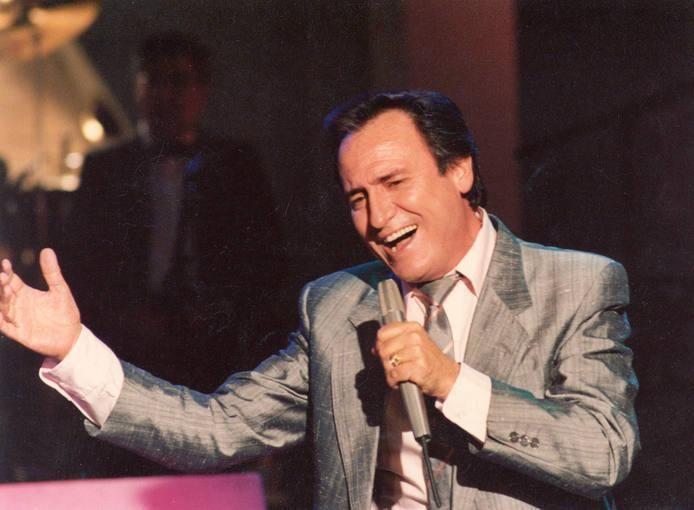 'Mi carro lo tienes tú', el musical que rinde homenaje a Manolo Escobar http://www.rtve.es/n/1076482