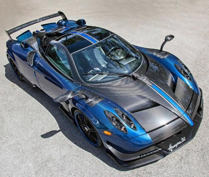 Bespoke Pagani Huayra BC Finished In Blue Carbon Lands In The U.S. http://ift.tt/2rxezRD  Source: YouTube  A few days ago America received its first Lamborghini Centenario finished in a shade of black with blue accents across the body. Now yet another bespoke supercar has made its way to the United States of America. The model in question is a Pagani Huayra BC. Christened after Benny Caiola a friend of founder Horacio Pagani and the first customer of Automobili Pagani the Huayra BC is…