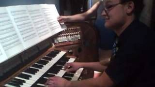mad rush organ - YouTube