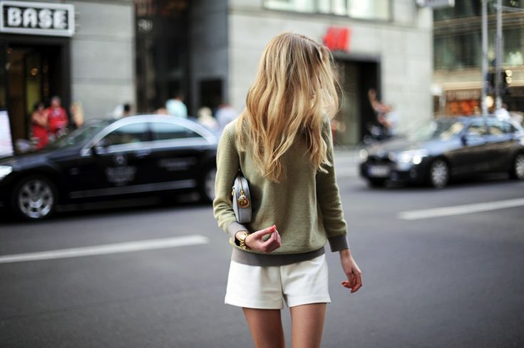 tumblr_m7axuqXUTH1r5vyhko1_1280[1]Sweaters, End Of Summer, Fashion, White Shorts, Messy Hair, Summer Looks, Casual Summer, Style, Outfit