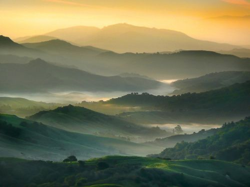 Mountains beyond mountains.: Mists, Beautiful Scenery, Earth, Mountain Home, Natural, Photo, Bays Hill, Mountain Landscape, East Bays