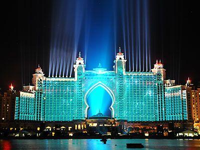 Atlantis Resort---  omg someone please take me here!