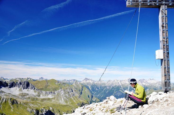 Wandern und Bergsteigen im Lechtal - Tierischer Urlaub mit Hund im Lechtal - Tirol - Österreich (c) Gasthof Bären  #wandernmithund #urlaubmithund #tirol #österreich #tierischehotels #tierischeunterkünfte #tierischerurlaub