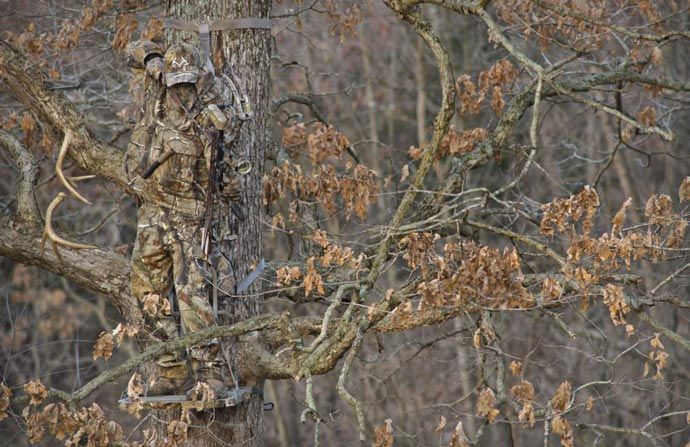 Realtree Camouflage Suit. Probably the best one on the market now. See more at jebiga.com #military #design #camouflagesuit #realtree