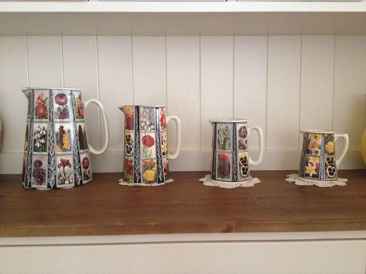Flower jugs