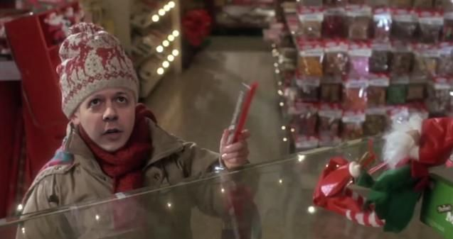 Click here to watch one guy play every Home Alone character.