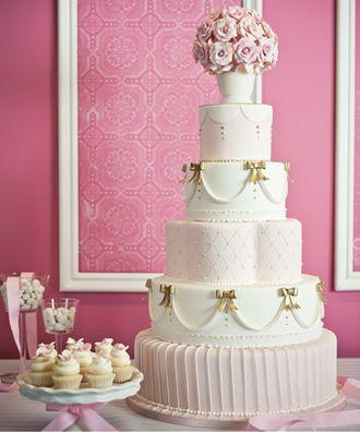 Torta de Matrimonio de Cinco Pisos