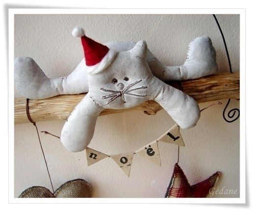 Christmas Cat Sign with Free Template