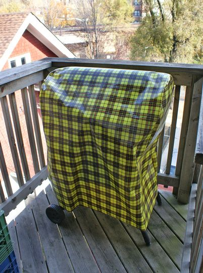 Oilcloth, which is available in an impressive array of patterns and colors, will make a cute little hideaway for your grill while its not in use. And with this how-to, youll have it together in no time!