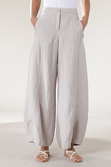 Trousers Briony. Oska brand. Made from a linen blend.: