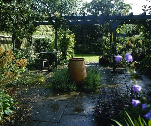 15 best images about barn exterior fountain on pinterest for Romantic patio ideas